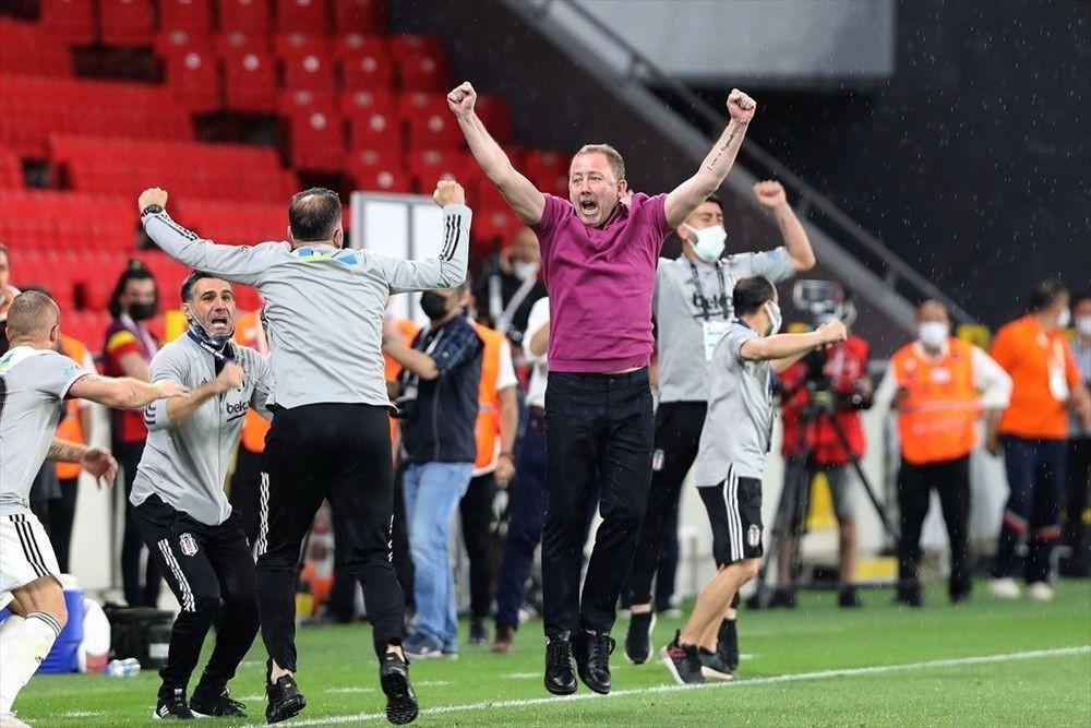 İşte Beşiktaş'ın şampiyonluğunun mimarı: Sergen Yalçın - Resim: 2