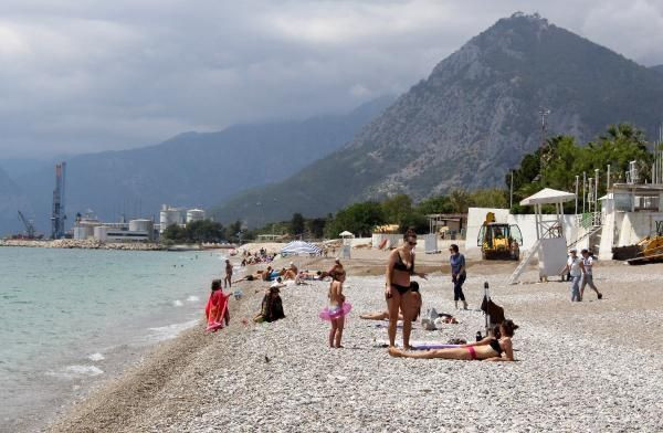 Turistler kapanmanın son gününde sahile akın etti - Resim: 2