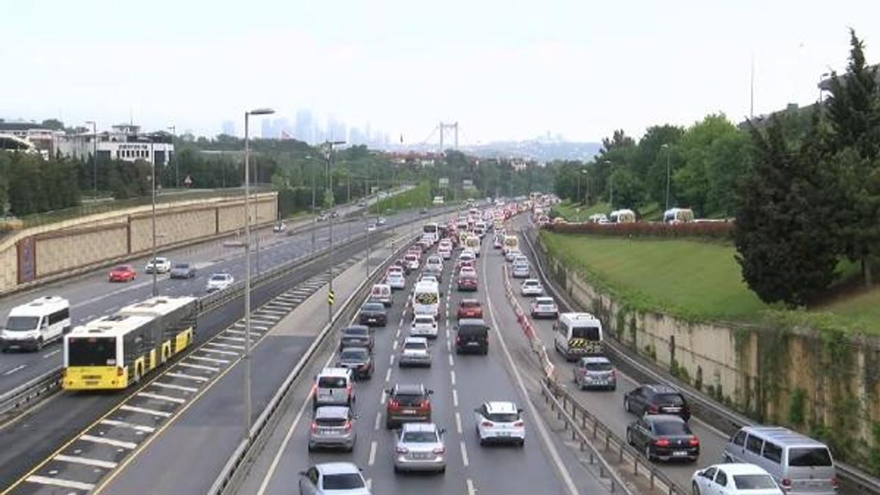 Tam kapanma sonrası İstanbul trafiği normale döndü