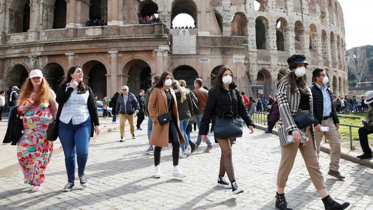 İtalya'da kademeli normale dönüş takvimi belli oldu