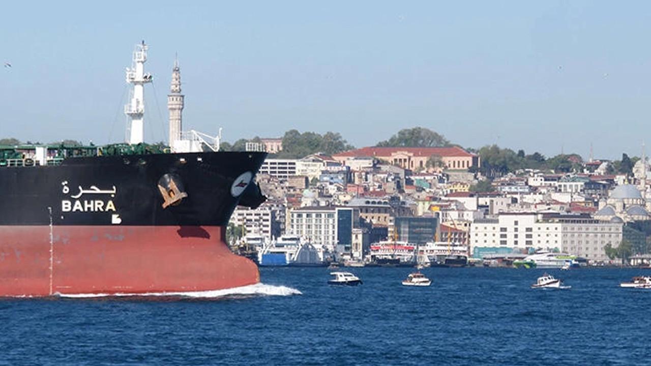 İstanbul Boğazı'nda büyük tehlike... Faciaya davetiye çıkarıyorlar