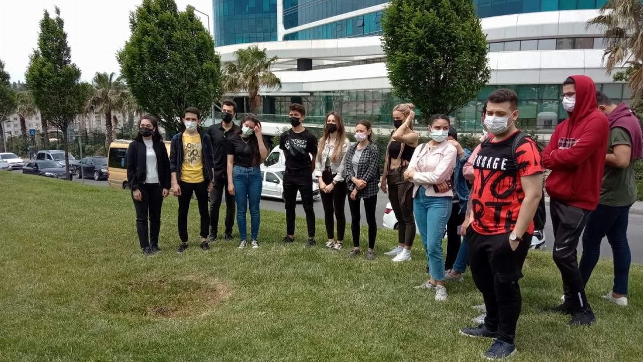 Özel üniversite öğrencilerinden zam protestosu