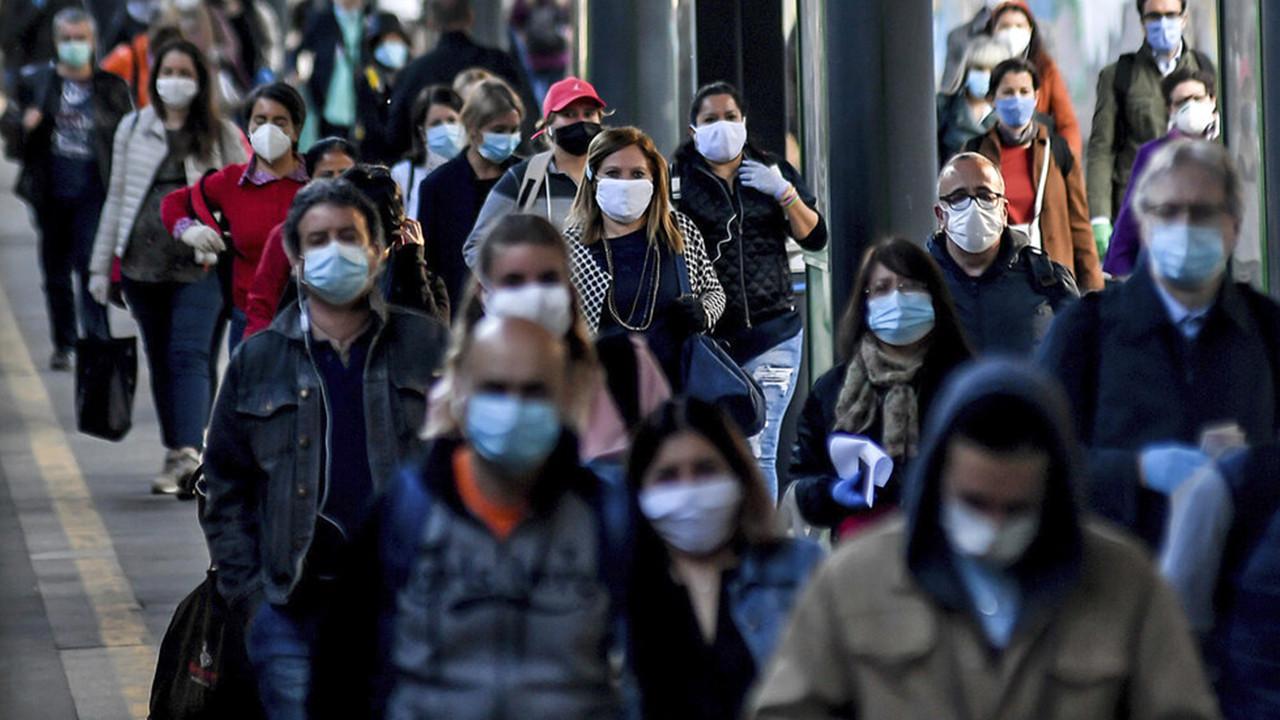 Türkiye'de aşı olmayanlar için kısıtlama çağrısı