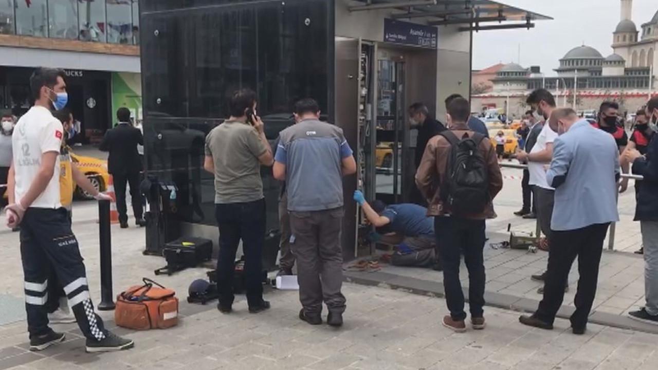 Taksim'de panik anları: Metro asansöründe mahsur kaldılar