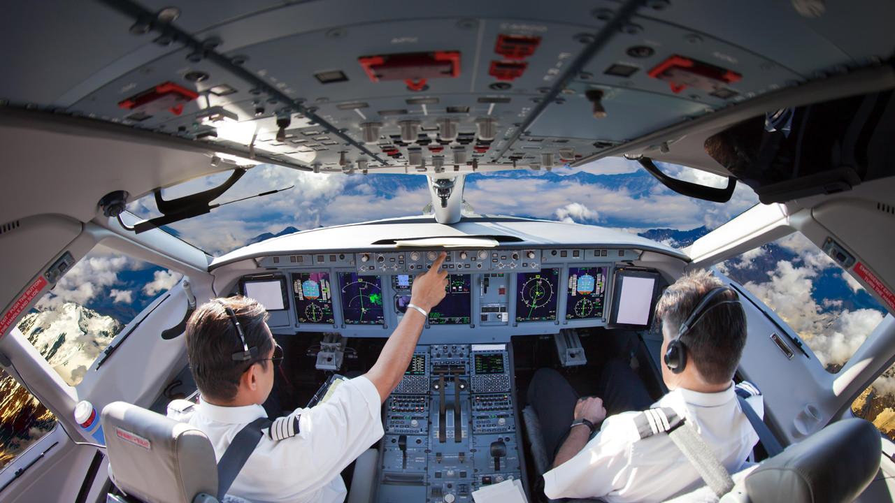 Havada inanılmaz olay... Pilot 40 dakika boyunca uyuyakaldı