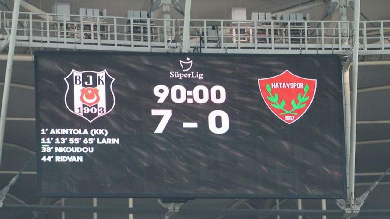 Galatasaray, Beşiktaş'ın 7-0'lık maçı için UEFA'ya başvurdu