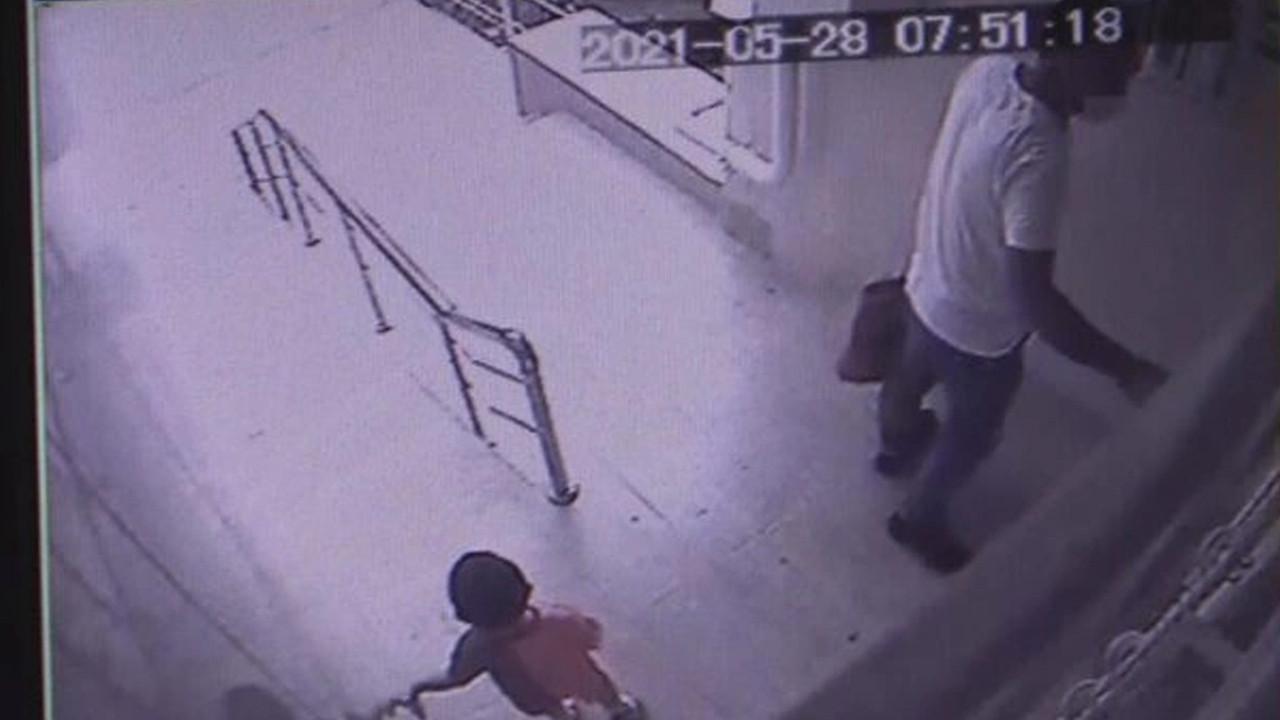 2 yaşındaki çocuk asansörde sıkışarak feci şekilde can verdi