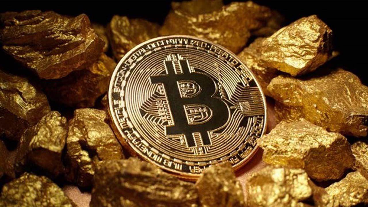 Bitcoin resmen eridi: Son 10 yılın en büyük kaybı