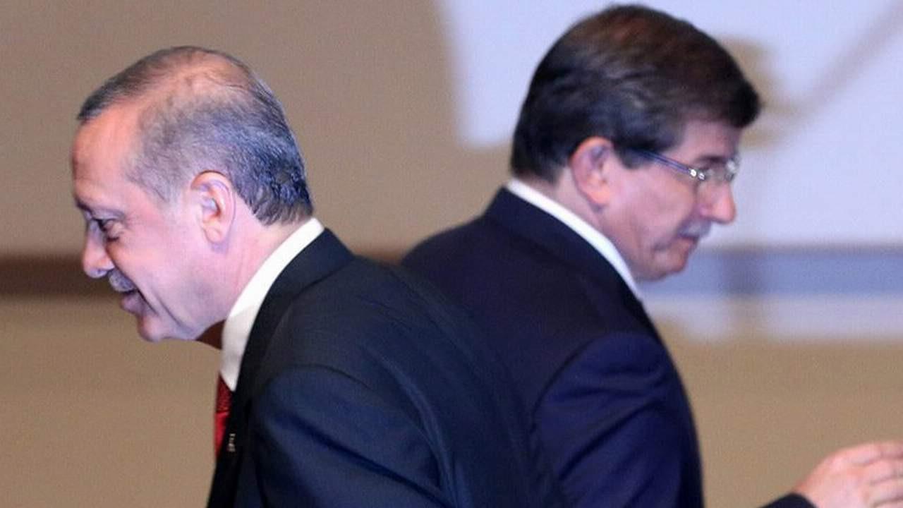 Erdoğan ve Davutoğlu da dahil 11 kişiye suç duyurusu