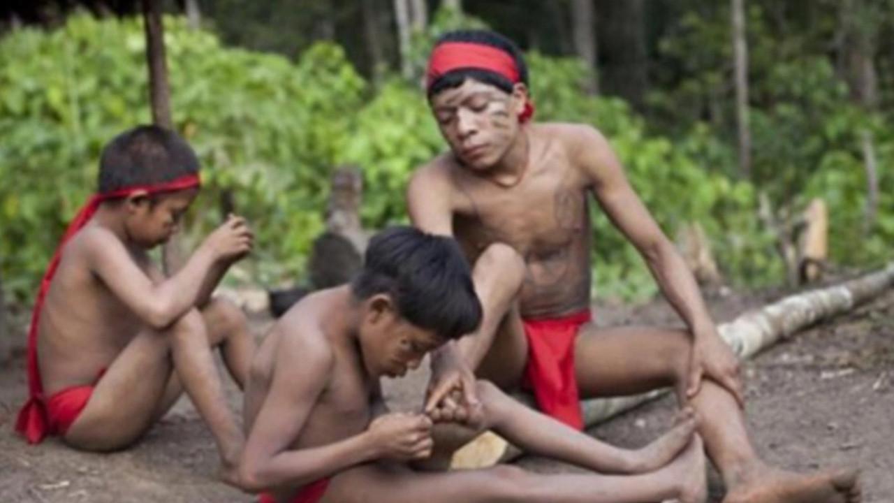 Kan donduran gelenek: Ölülerini yiyorlar