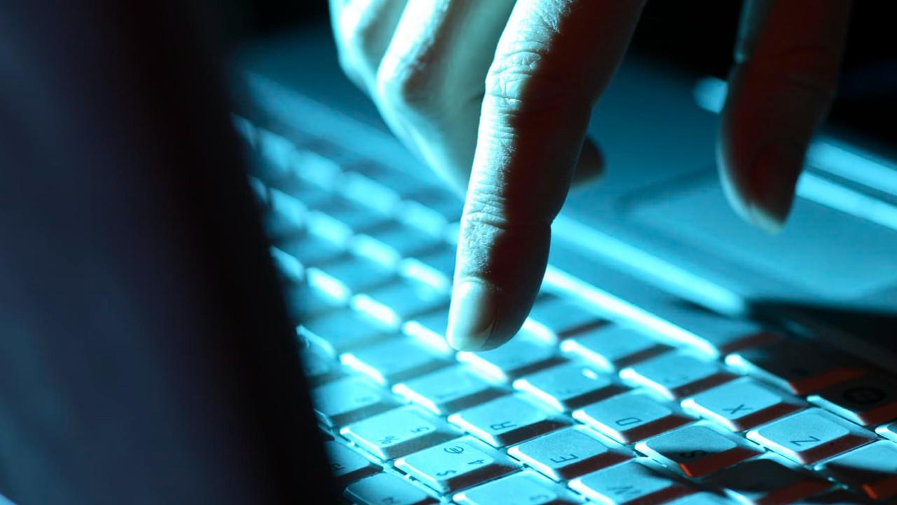Dünya genelinde web sitelerine erişim sıkıntısı