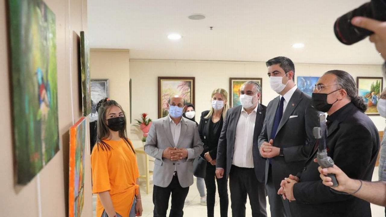 Kartal'da pandemi dönemi tuvallere yansıdı
