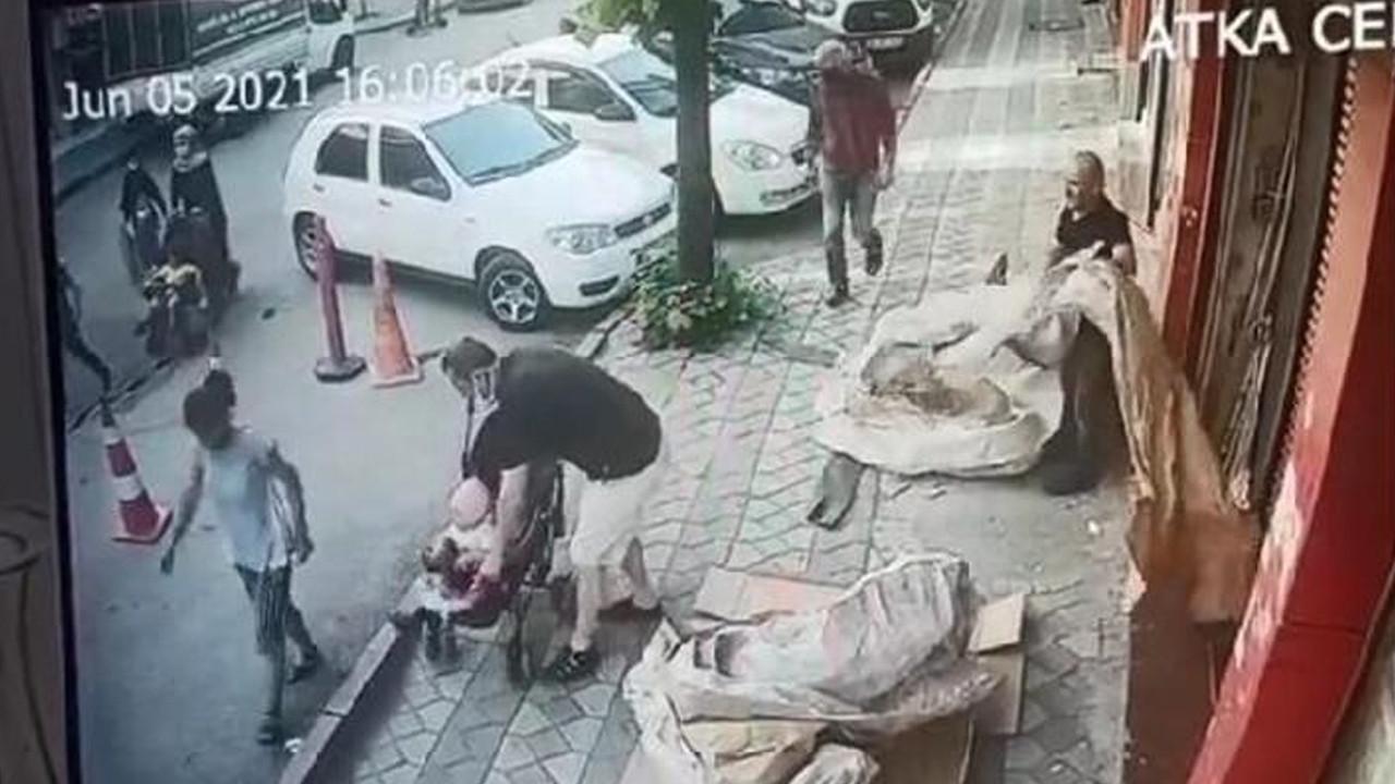 Bebek arabasıyla ilgileniyormuş gibi yapıp, parayı cebe indirdi