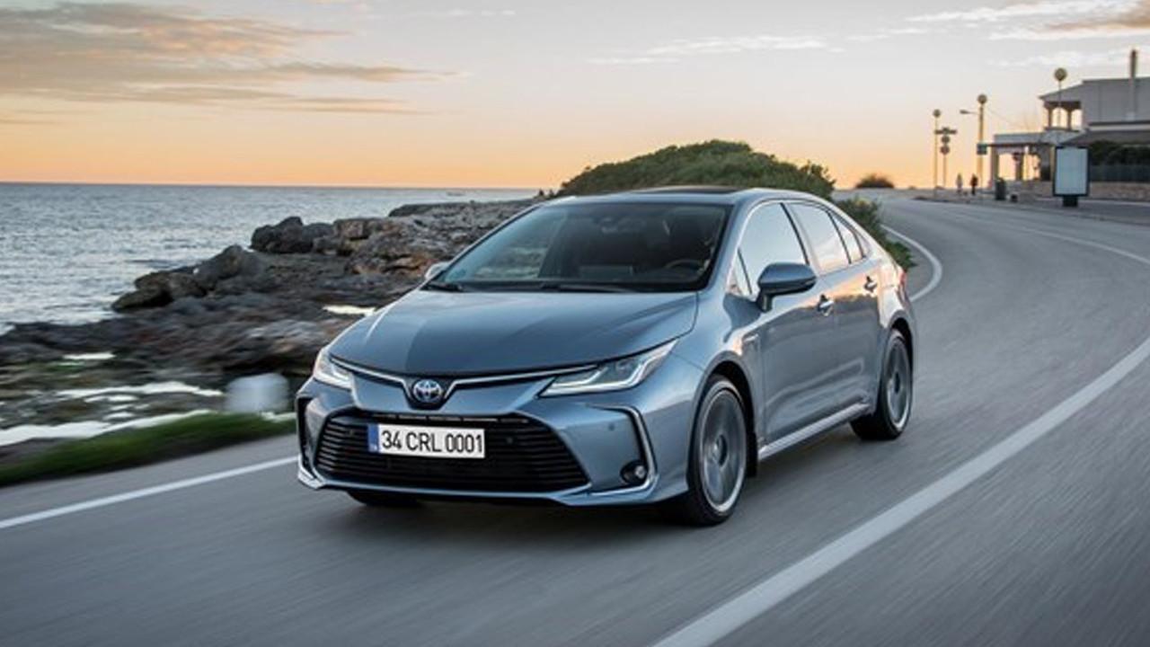 Toyota sıfır araçlarına zam yağdırdı: İşte 2021 Toyota sıfır araç fiyatları