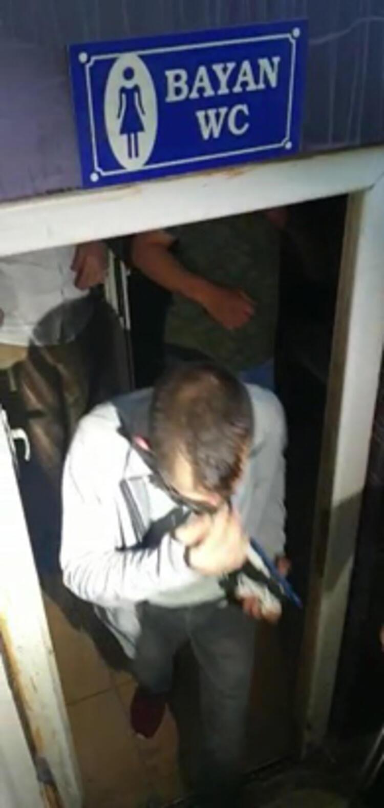 Şok baskın: 3 erkek kadınlar tuvaletinde yakalandı - Resim: 3