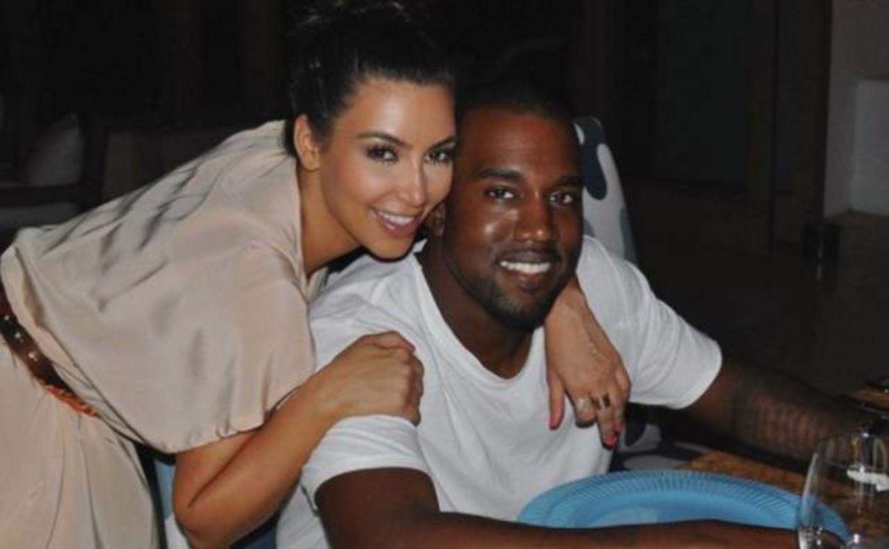 Kardashian'ı çabuk unuttu: Kanye West, ünlü modelle yakalandı - Resim: 4