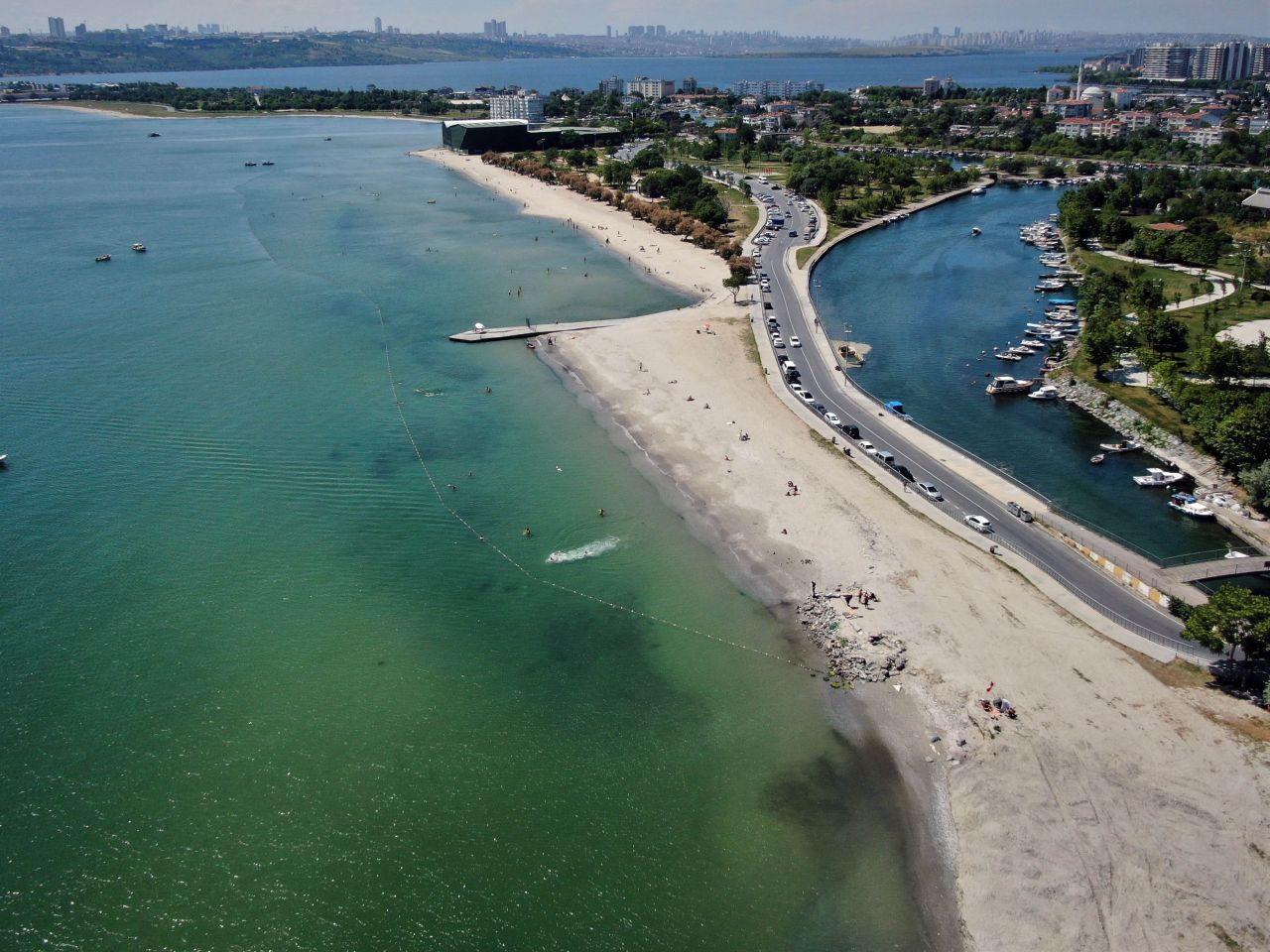 İstanbul sahillerinde son durum: Kilometrelerce müsilaj hattı oluştu - Resim: 3