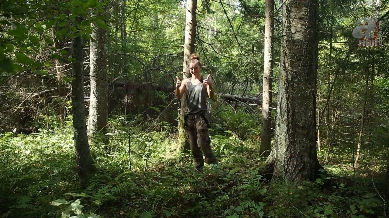 Kadın maceracı ormanda streçten öyle bir şey yaptı ki - Resim: 3