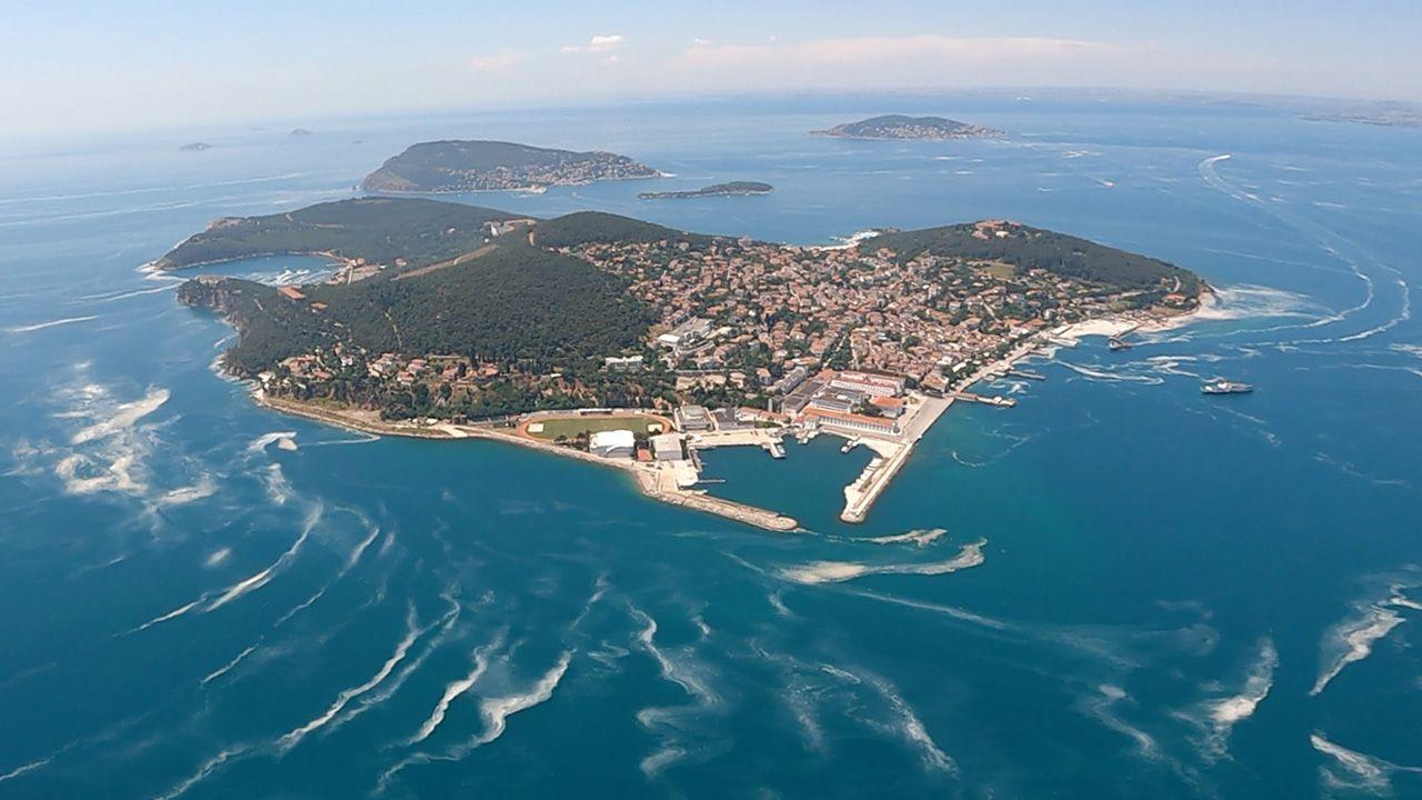 Marmara Denizi'ndeki mide bulandıran müsilaj havadan görüntülendi - Resim: 4