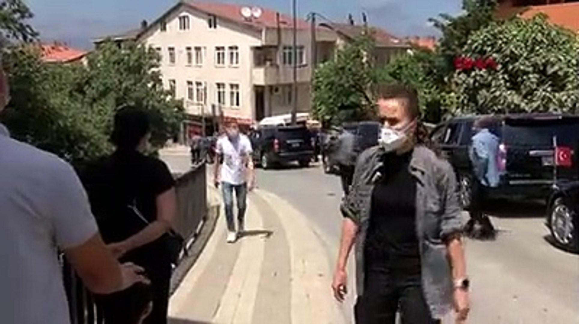 Erdoğan'ın konvoyunu durdurup teşekkür ettiler