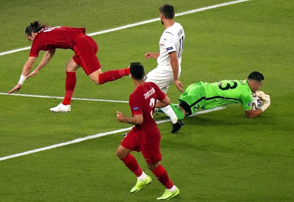 Türkiye - İtalya maçı dış basında - Resim: 4