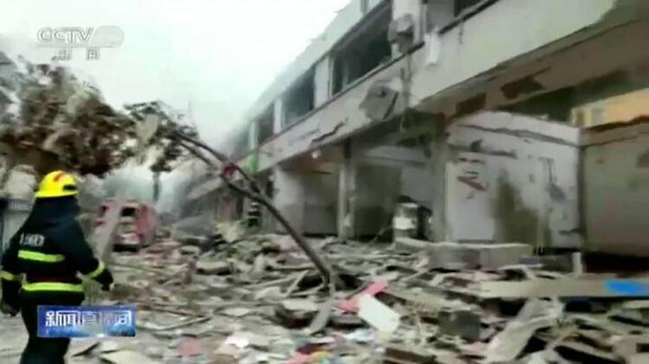Çin'de korkunç patlama: Ortalık savaş alanına döndü! Onlarca ölü ve yaralı var - Resim: 4