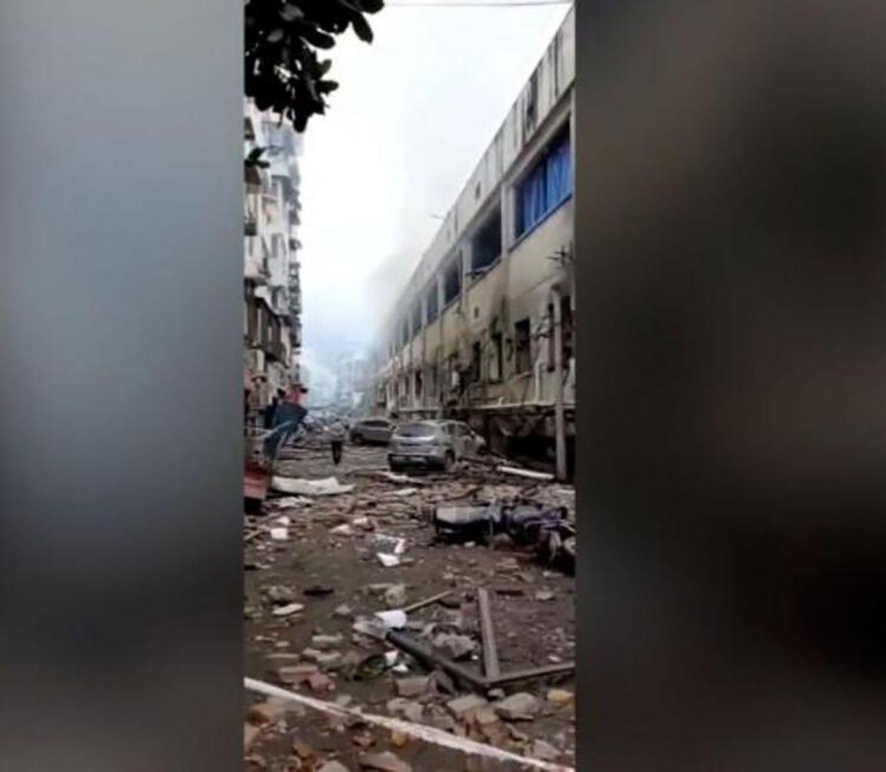 Çin'de korkunç patlama: Ortalık savaş alanına döndü! Onlarca ölü ve yaralı var - Resim: 2