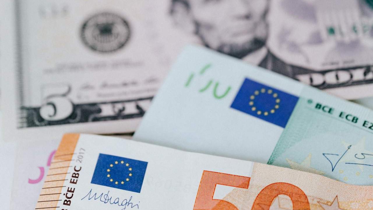 Dolar, euro ve altın yeniden uçuşa geçti!