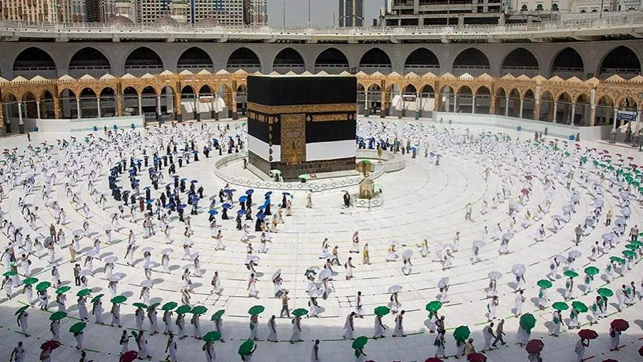 Suudi Arabistan açıkladı: Umre başvuruları başlıyor