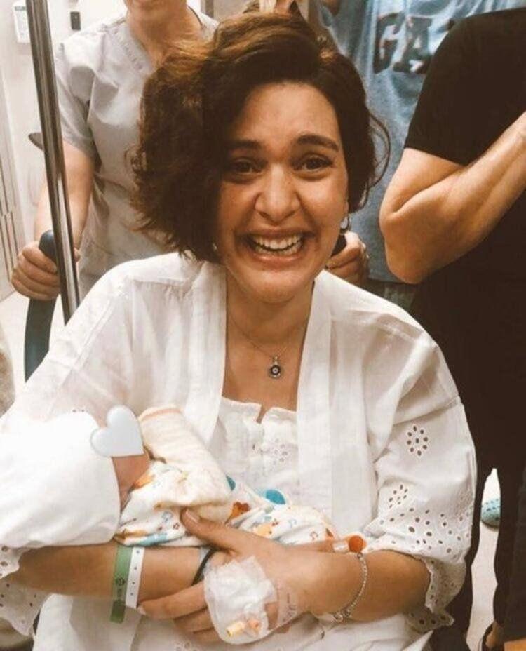 Bergüzar Korel ve Halit Ergenç'in üçüncü bebeğinin cinsiyeti belli oldu - Resim: 2