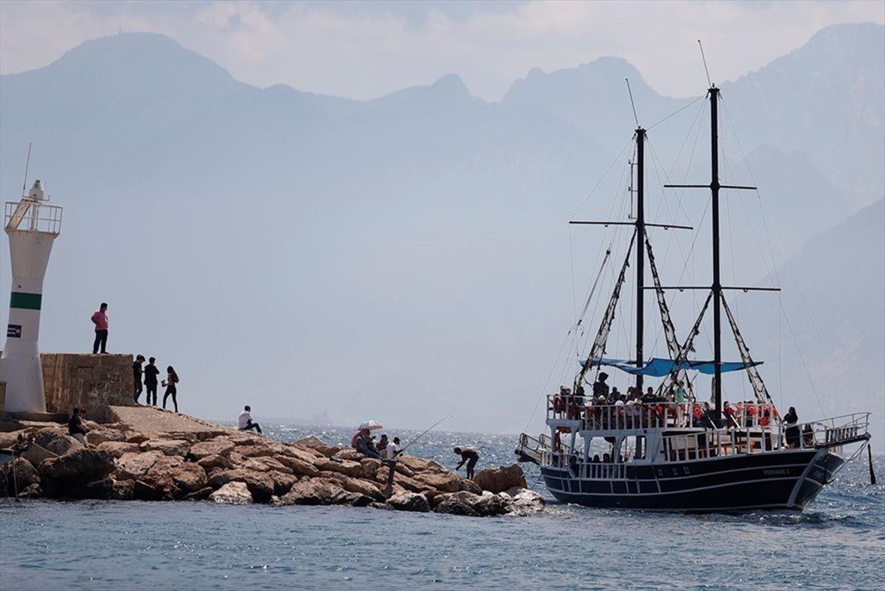 Aşılanmanın hızlanmasıyla turizm hareketlendi - Resim: 4