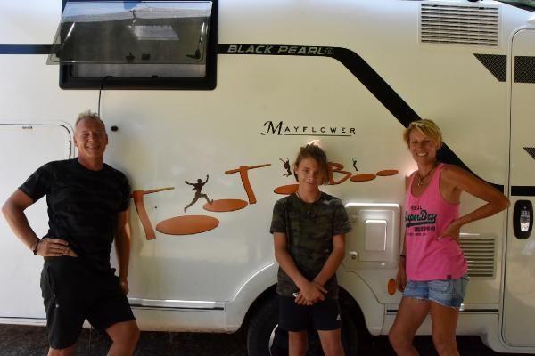 Kimilerinin hayalini onlar gerçek yaptı... Evlerini satıp karavan aldılar ve... - Resim: 4