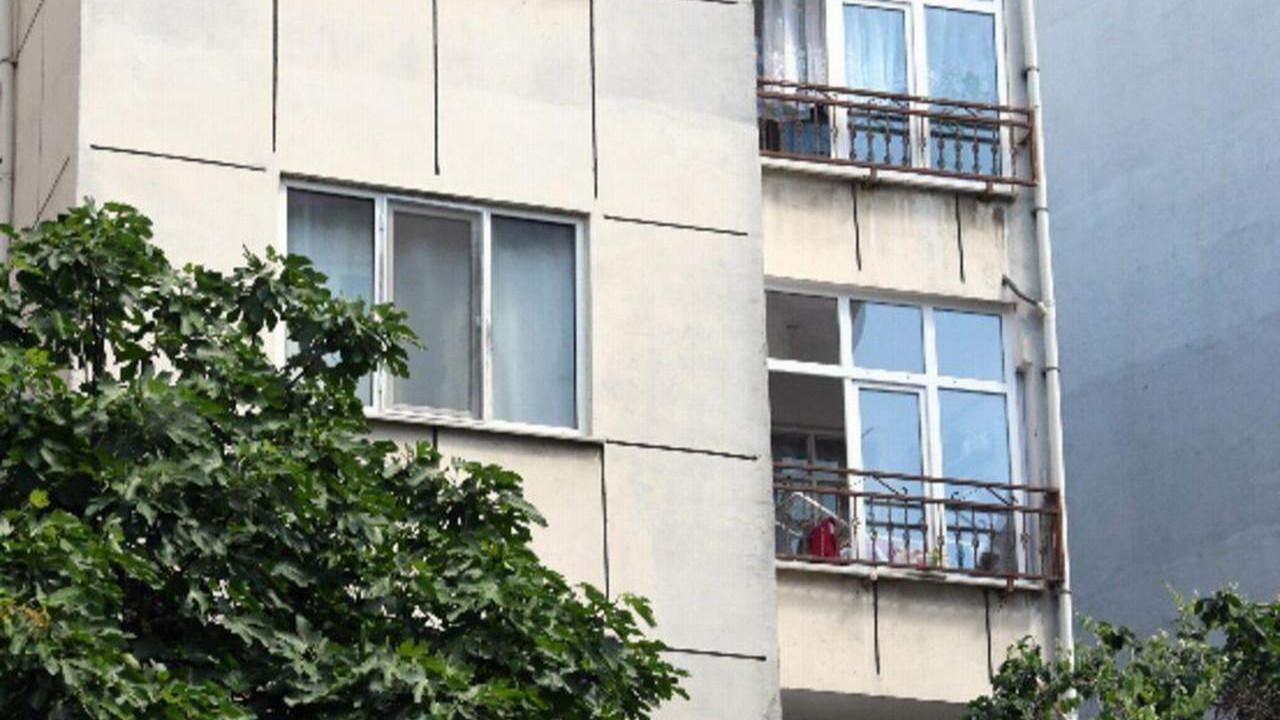 2 yaşındaki bebeğini camdan atan cani anneden kan donduran ifade