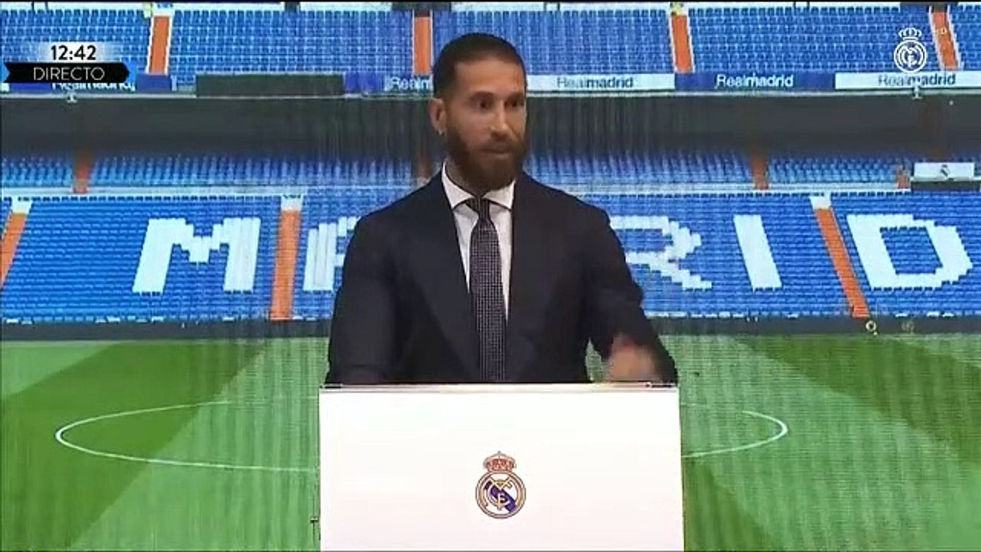 Sergio Ramos gözyaşlarını tutamadı