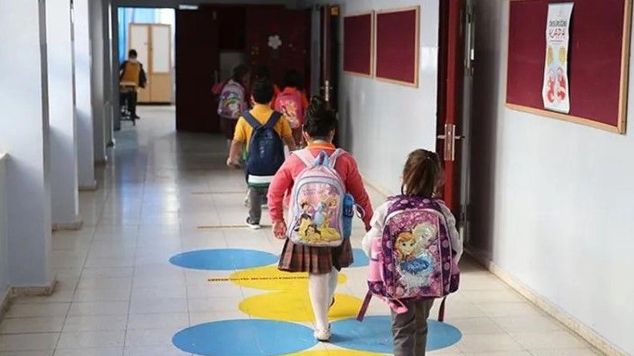 MEB okulların açılacağı tarihi duyurdu: İşte 2021-2022 eğitim öğretim takvimi
