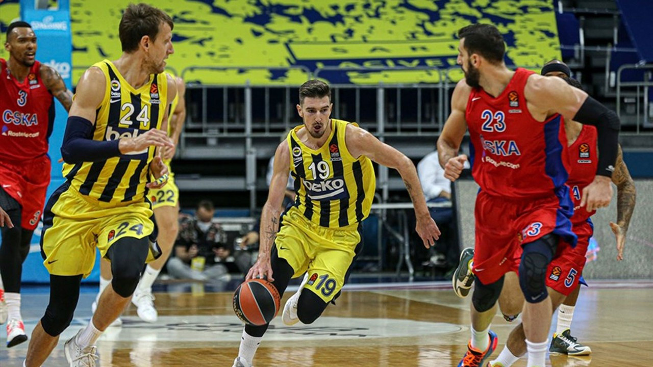 Fenerbahçe transferde genç yıldıza imzayı attırdı