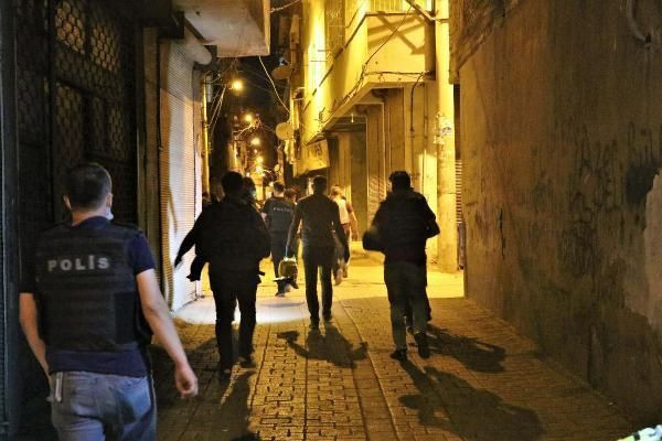 Diyarbakır'da kanlı saldırı! - Resim: 2