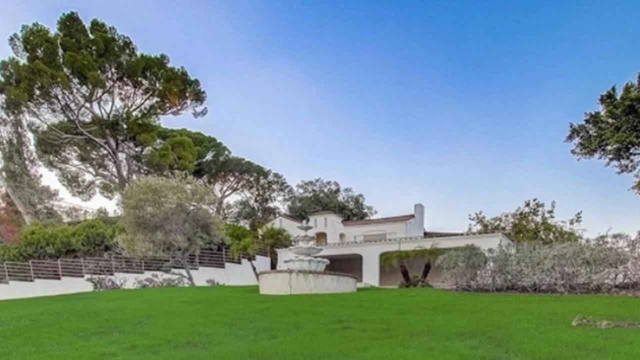 Müritlerin çifti vahşice öldürdüğü ev 1,9 milyon dolara satıldı
