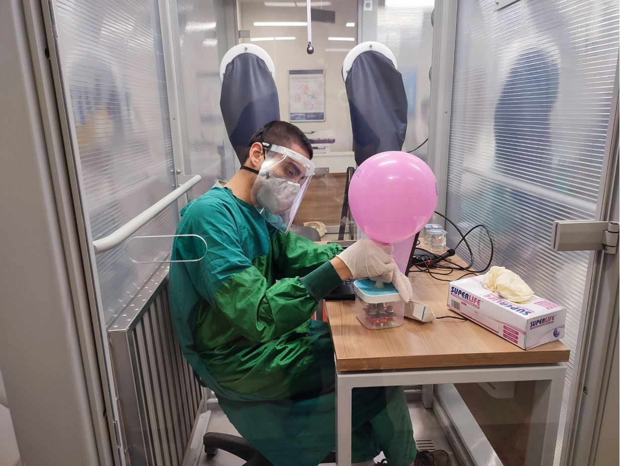 Türk bilim adamları başardı! Korona virüsü sadece saniyeler içerisinde tespit ediyor - Resim: 2