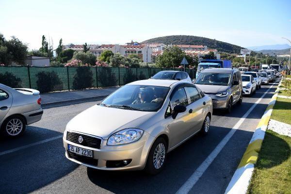 Türkiye'nin tatil cennetine akın: 1 günde 10 binden fazla araç geldi - Resim: 4