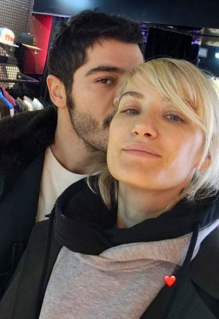 Didem Soydan'dan ayrılık iddialarına aşk pozu ile yanıt verdi - Resim: 3