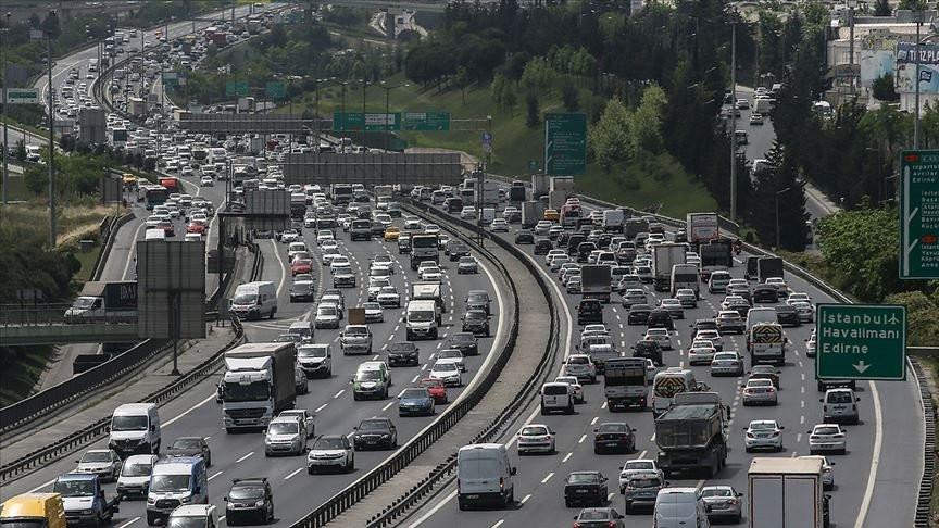 Milyonlarca araç sahibini ilgilendiren trafik sigortası kararı