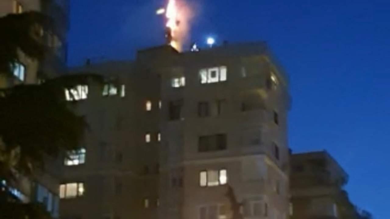 İstanbul'da çıkan yangın paniğe yol açtı