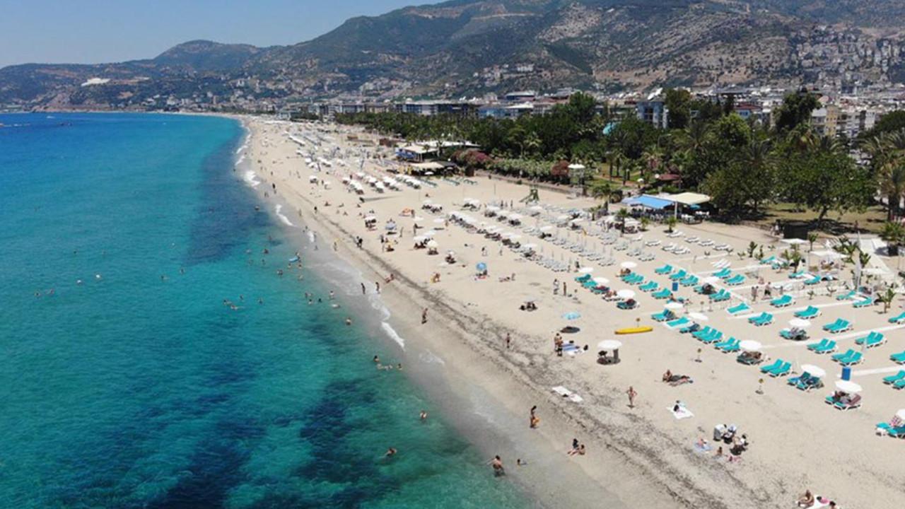 Antalya sahilleri eski günlerine döndü