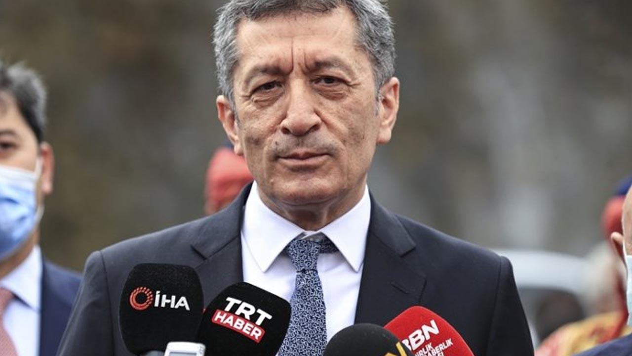 Milli Eğitim Bakanı Selçuk'tan ''25 milyonluk satış'' iddialarına yanıt