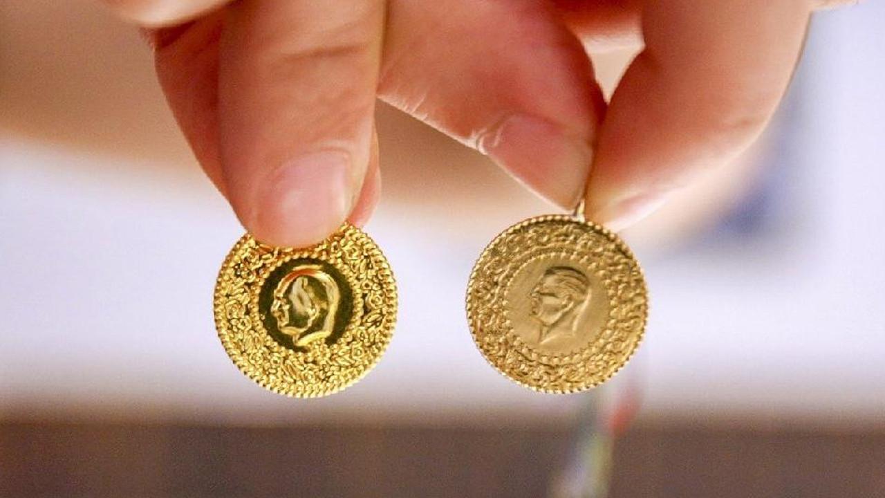 Altın fiyatları tepetaklak! Uzmanlar kritik seviyeyi açıkladı