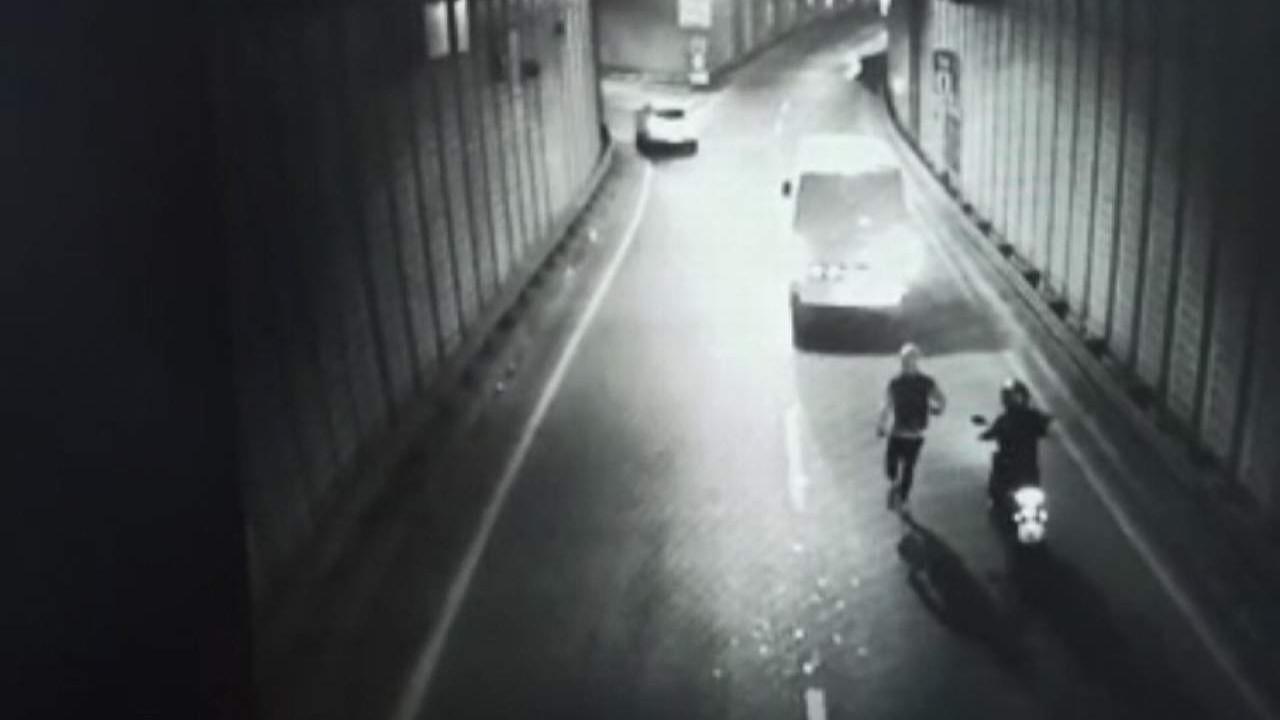 İstanbul'da film sahnelerini aratmayan gasp... Tünelde önünü kesip...
