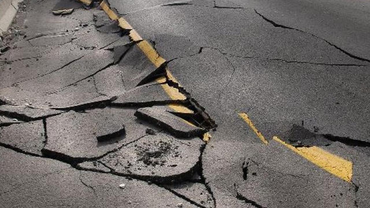 Bingöl Valisi'nden meydana gelen deprem sonrası ilk açıklama