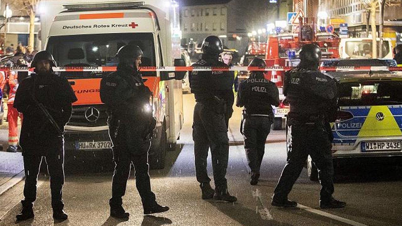 Almanya'da bıçaklı saldırı: 3 ölü, en az 6 yaralı