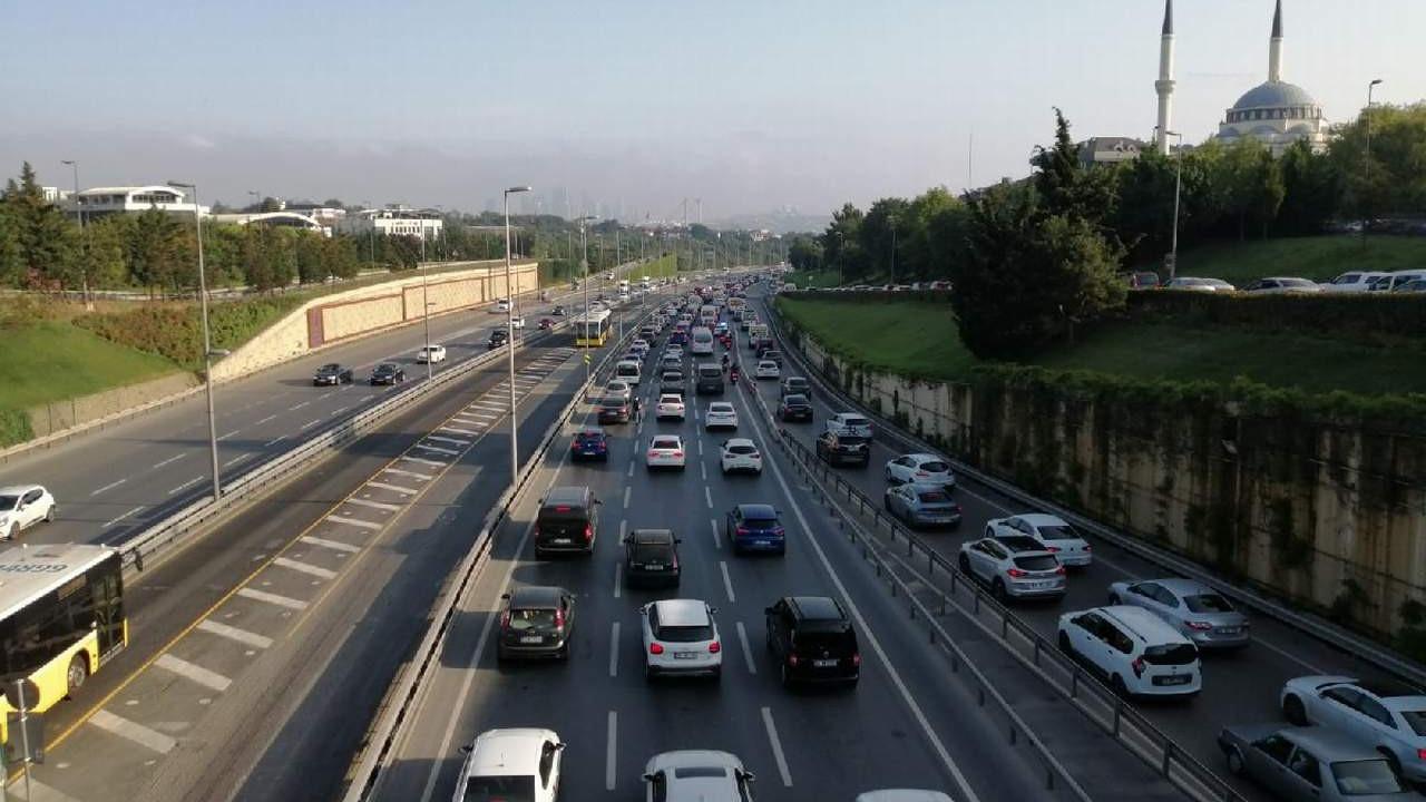 Son yasağın ardından trafik durma noktasında